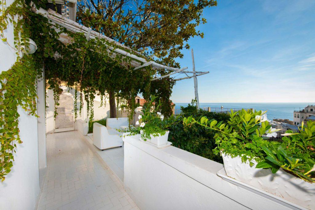 villa_yiara_apartment_with_terrace_18_96