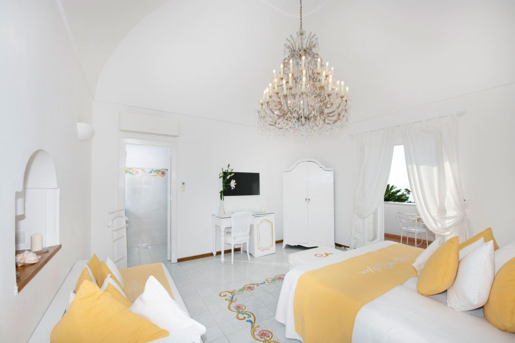 villa_yiara_deluxe_double_room_18_32