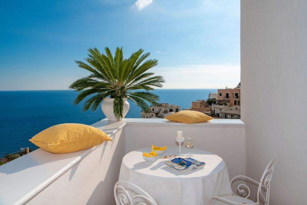 villa_yiara_deluxe_double_room_with_balcony_18_133