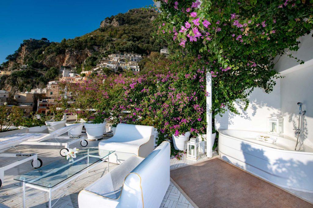 villa_yiara_double_room_with_terrace_18_13