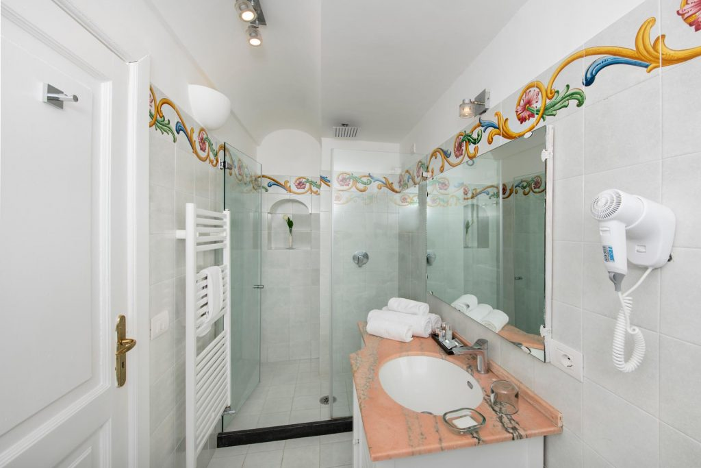 villa_yiara_standard_double_room_18_55