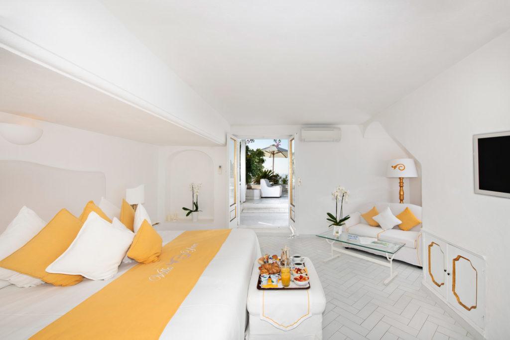 villa_yiara_double_room_with_terrace_18_14_e